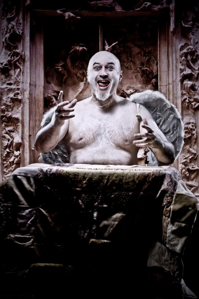 Joe as Trinculo in his bathtub 1